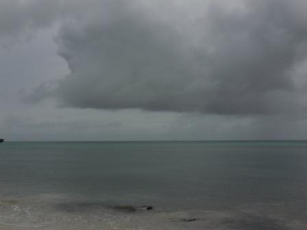 Nubes de tormenta se acercan a San Andrés.